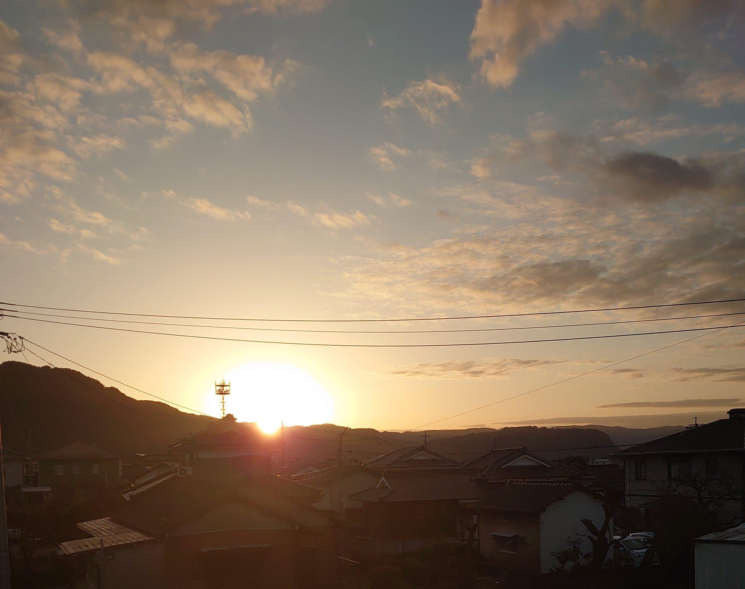 霧島市国分から撮影した初日の出